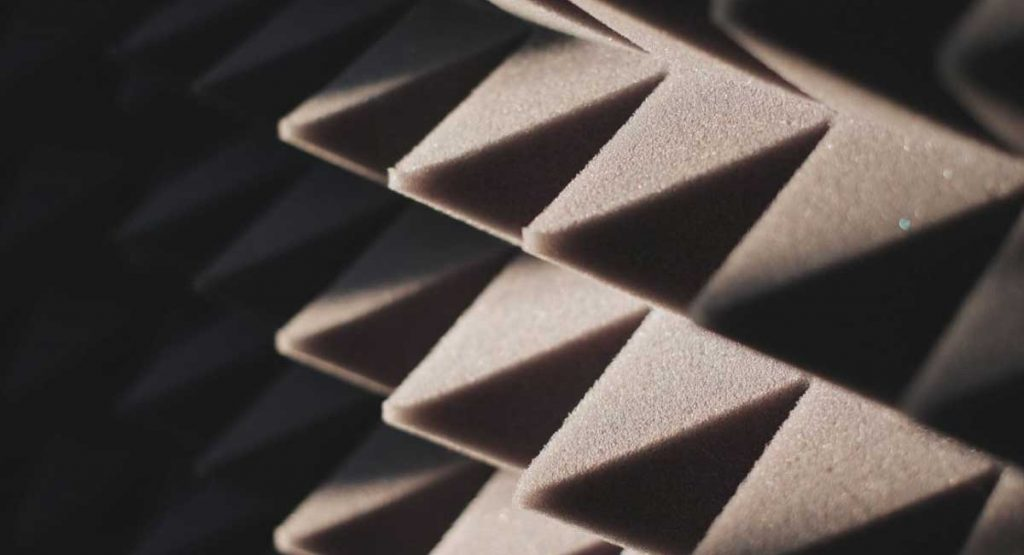 The Best Cheap Soundproofing Tricks For Your Home
